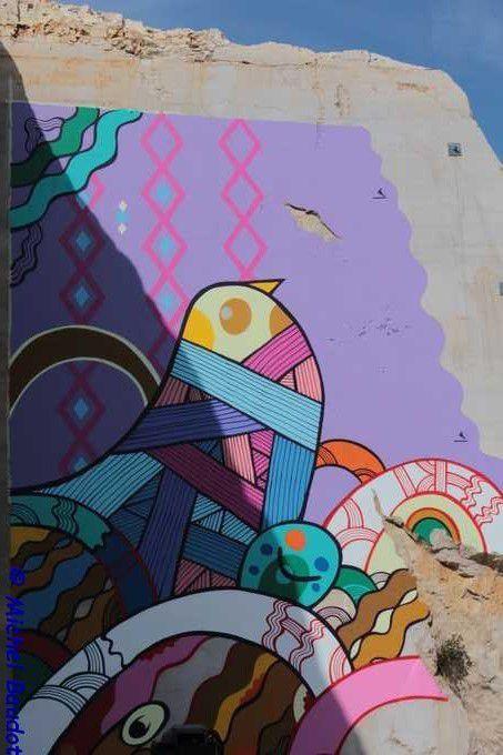 Street Art on the Roc c'est déroulé en août 2017 dans une ancienne carrière vers NUITS SAINT GEORGES , et ce pour la 2eme année consécutive.Un endroit à découvrir..Cette année, 3 artistes reconnus ont oeuvrés pendant une semaine : Hopare, Pablito Zago et Astro...
