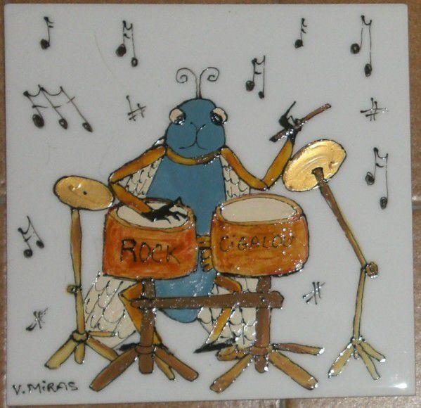 cigale/chant/provence/porte bonheur/carrelage/fait main/diy/tuto/tutoriel/tutorial/fiche/technique/instruments de musique/piano/harpe/violon/orchestre/chef/mariés/fête/anniversaire/birthday/noel/christmas/provençal/france/chanteur/the voice/gif/clipart/céramique/ceramic/peinture/trombone/tambour/trompette/cuivre/