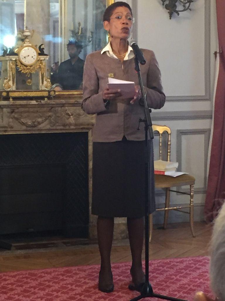 Madame la ministre de l'Outre-Mer, George Pau Langevin