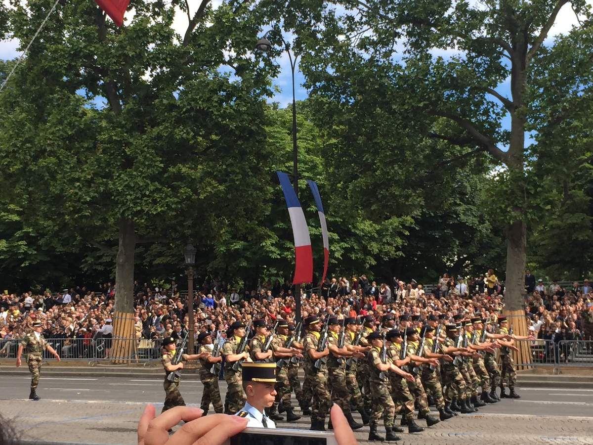 DEFILE DU 14 JUILLET : LES SAPEURS-POMPIERS DE L'OUTRE-MER MIS à L'HONNEUR