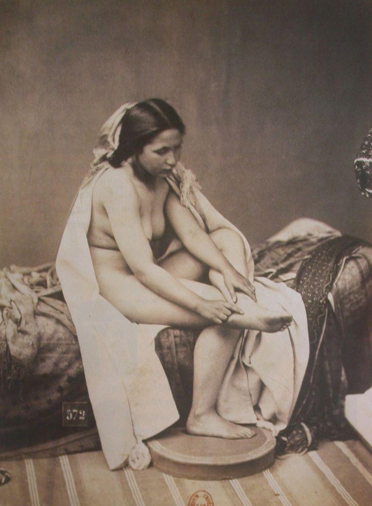 Watteau, Diane au bai, 1714/1716 - Louis-Camille d'Olivier, Etude d'après nature, vers 1850. Ici aussi, la photo s'inspire de la peinture.