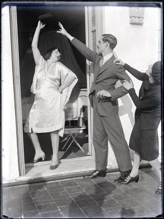 Man Ray - Alice Prin dite Kiki de Montparnasse et deux personnes non identifiées 1928