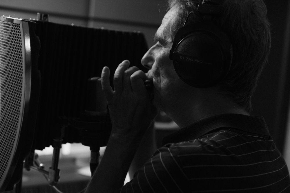 Alain Messier: chant harmonica auteur