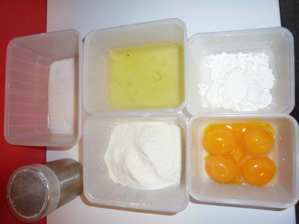 Ingrédients pour le biscuit cuillère
