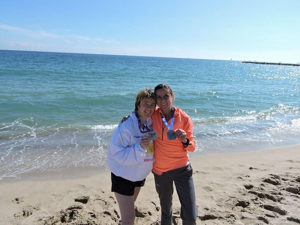 Delphine et Marina au marathon de Barcelone 2015
