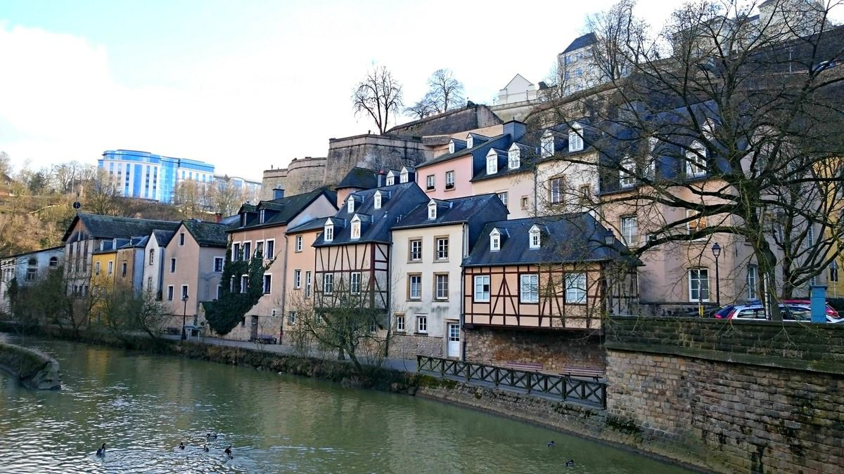 Luxembourg ville for Piscine au luxembourg