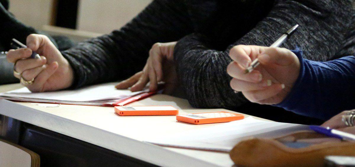 Le public a pu participer grâce aux boîtiers de vote ,disponibles depuis cette année à l'Université d'Auvergne.