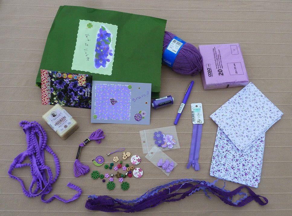 photos des pochettes surprises d'Avril ! * violette, rose, jaune,vert, ..