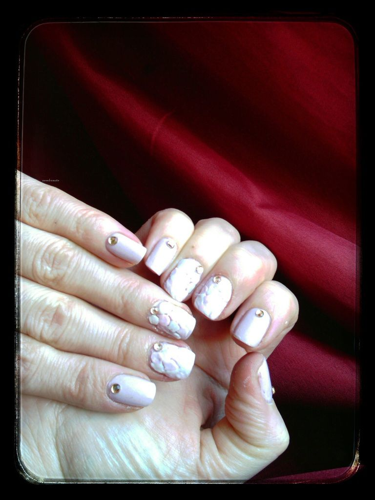 Nail art résine couleur ( raté )....