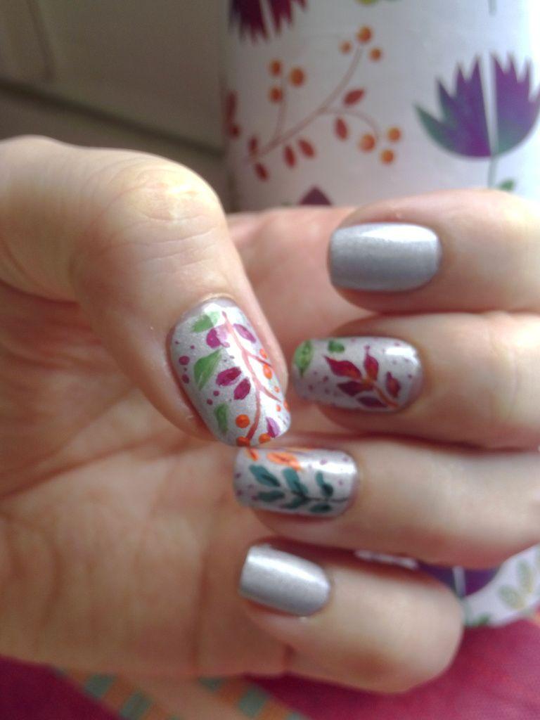 Nail Art Inspiration fleuri....