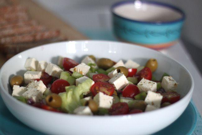 Salade grecque (&quot&#x3B;horiatiki salata&quot&#x3B;)