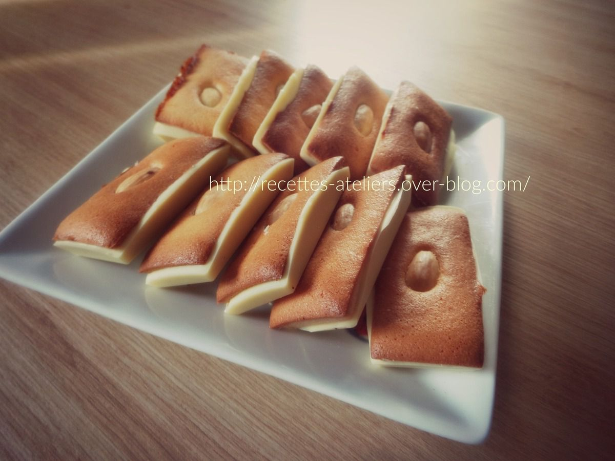 Financiers en coque de chocolat blanc