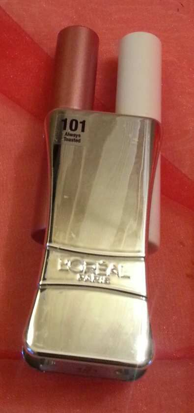 Le rouge Infaillible de L'Oréal, il vaut quoi en version compacte ?
