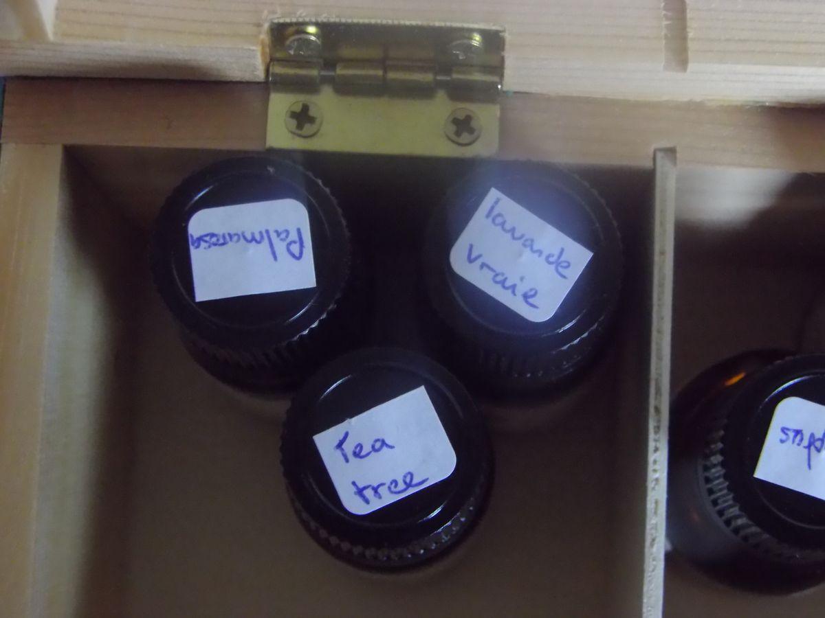 étiquettes huiles essentielles