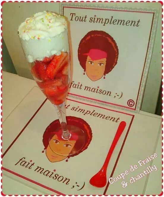 Coupe fraises &amp&#x3B; chantilly