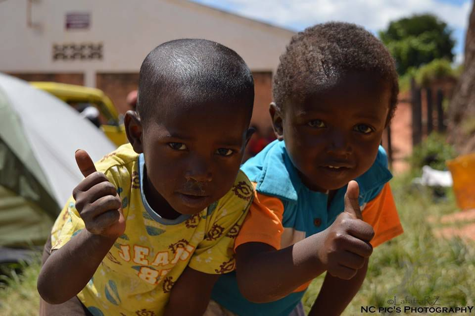 Photo: Enfants de la Brousse de Madagascar