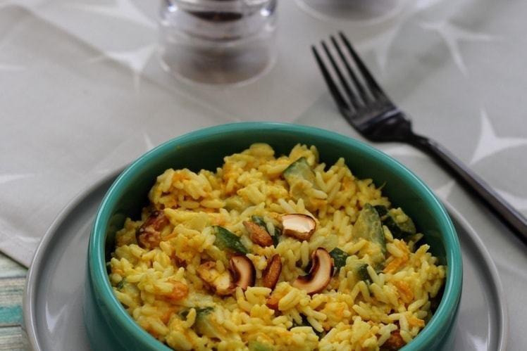 Riz au curry de légumes et noix de cajou
