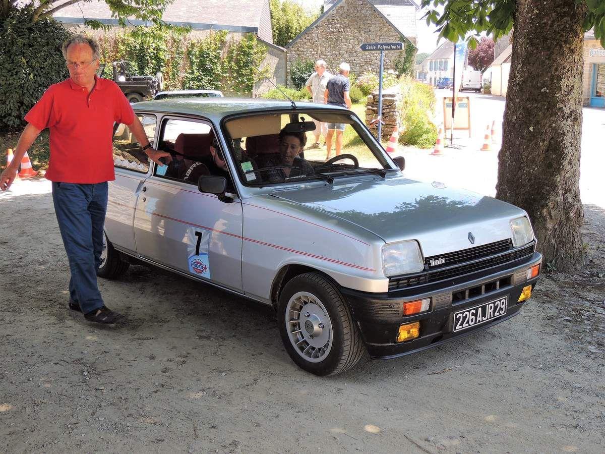 LETRENE, Sandrine au volant de sa RENAULT 5 Alpine Turbo  9ème au classement Expert