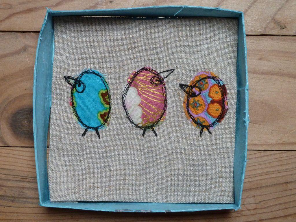 Oiseaux en boites et en piqué-libre.