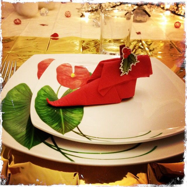 D coration de tables th me no l or blanc et rouge - Decoration table de noel rouge et blanc ...