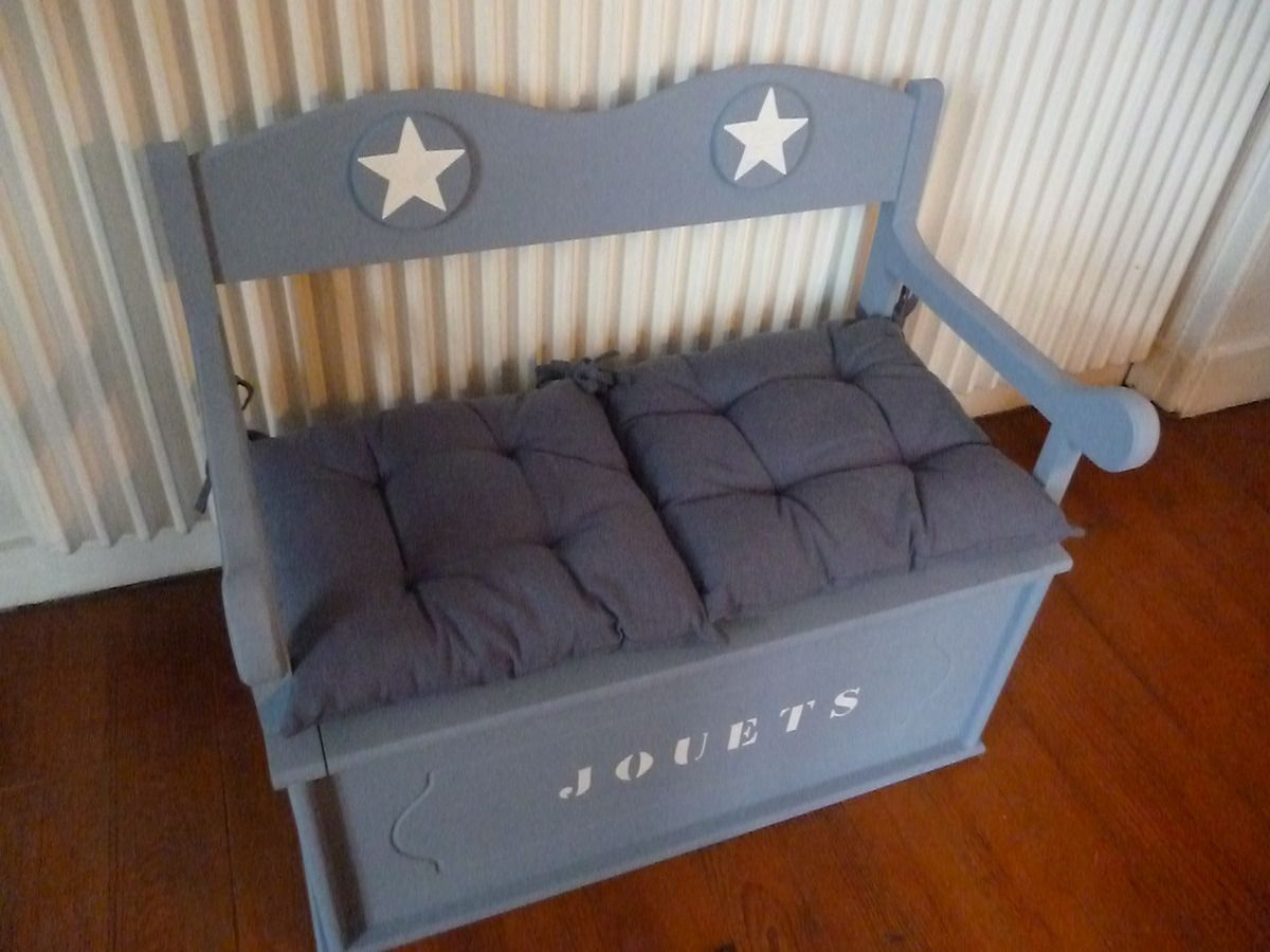 le banc coffre jouets dans une pluie d 39 toiles. Black Bedroom Furniture Sets. Home Design Ideas