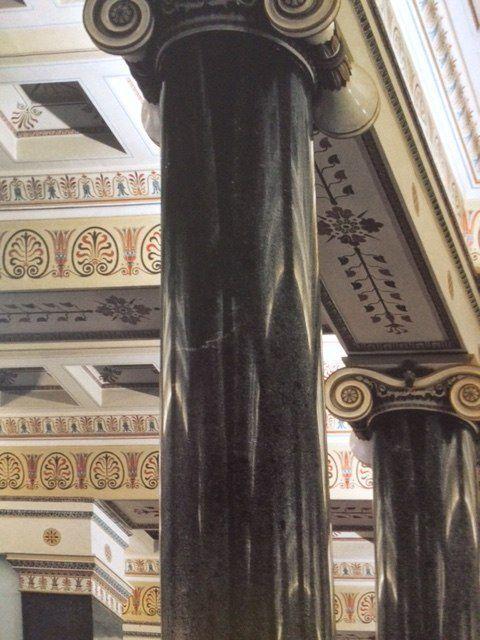 Saint Petersbourg -L'Ermitage - la salle des vingt colonnes