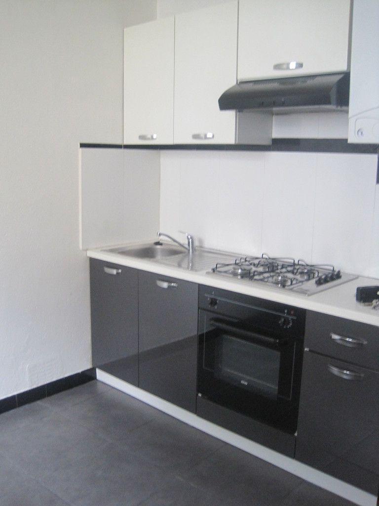 appartement t1 1er tage 36 94m2 k rentrech dans petit. Black Bedroom Furniture Sets. Home Design Ideas