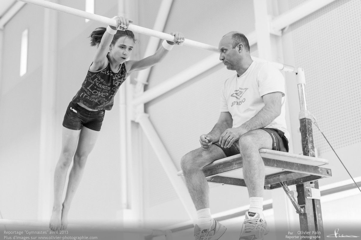 Reportage sur la gymnastique artistique féminine en France. Prises de vues à Saint Pierre des corps au gymnase du Val Fleuri à quelques km de Tours.