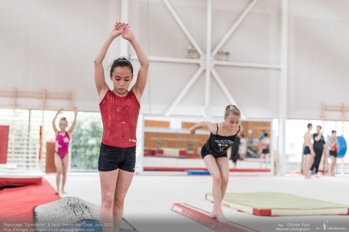 Reportage sur la gymnastique artistique féminine en France (GAF). Un suivi d'une équipe de jeune gymnastes de Saint Pierre des corps sur le long terme.