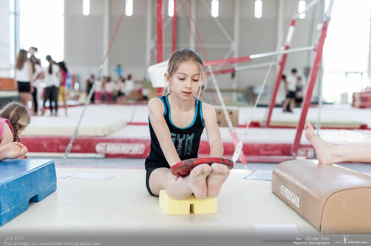 Reportage sur la gymnastique en France. Un suivi de jeunes gymnastes réalisé à Saint Pierre des Corps à quelques km de Tours.