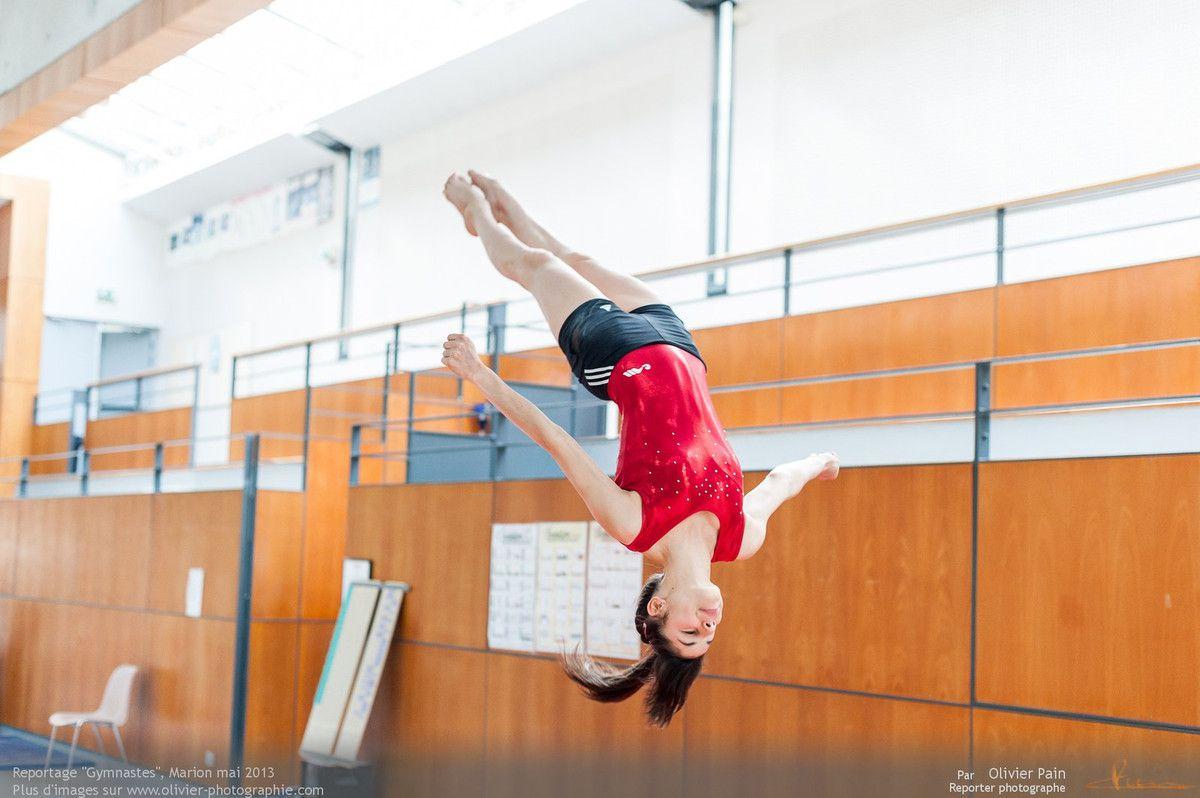 Reportage sur la gymnastique artistique féminine en France réalisé à Saint Pierre des Corps à quelques km de Tours.