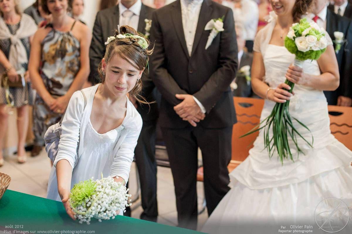 Reportage lors d'un mariage près de Tours en région centre. Réalisé par Olivier Pain reporter photographe à tours.