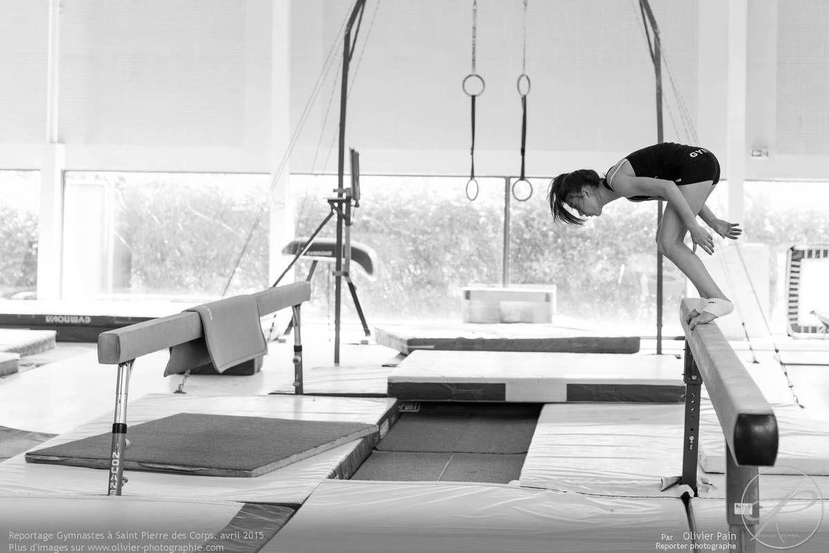 Reportage sur la gymnastique en France réalisé à Saint Pierre des Corps à quelques km de Tours en région centre en France.