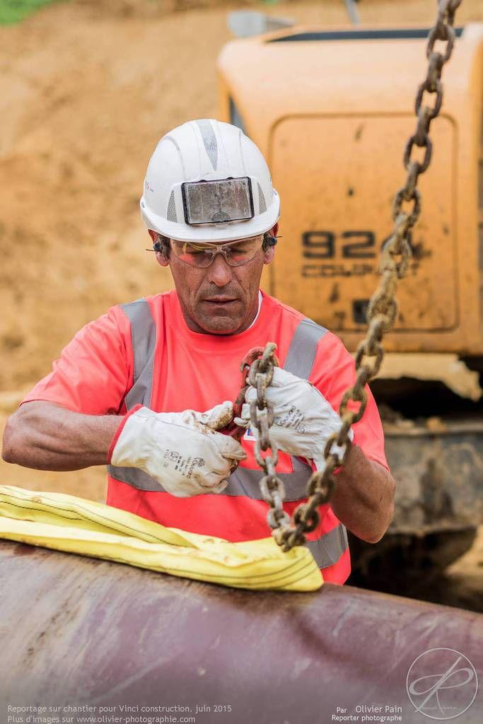 Reportage de suivi de chantier pour Vinci construction france, réalisé à Bourgueil près de Tours.