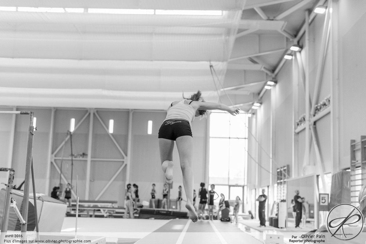 Reportage sur la gymnastique à Sain Pierre des Corps près de Tours. Suivi de jeunes gymnaste réalisé depuis 2011