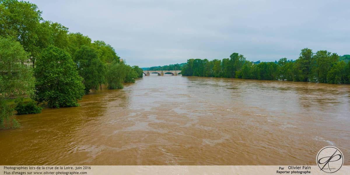 Reportage : Paysage de Loire à Tours lors de la crue