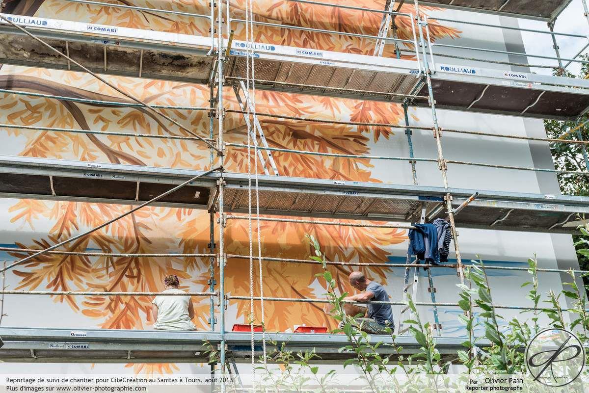 Reportage sur le chantier des fresques murales dans le quartier du Sanitas à Tours