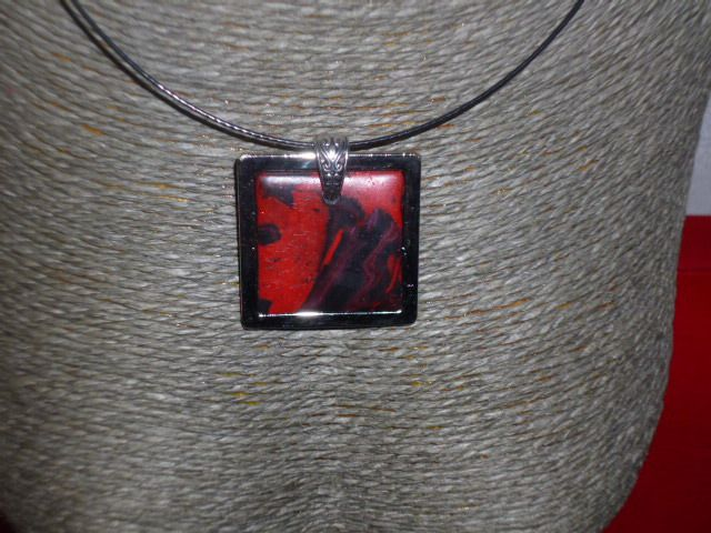 Collier n° 79 25 €