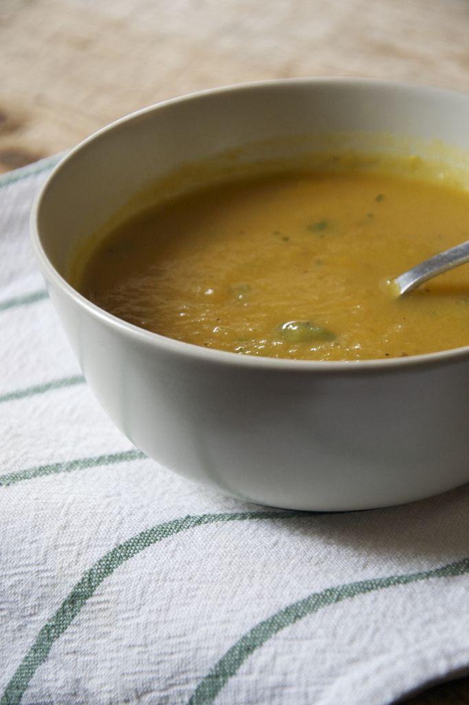 Soupe à la courge butternut et aux graines de coriandre