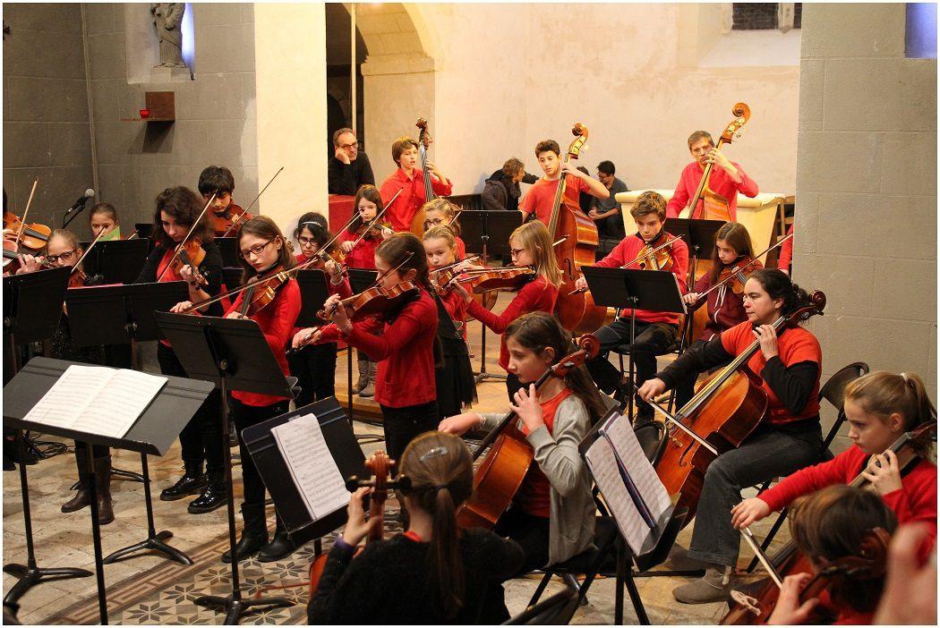 Orchestre à cordes dans l'église de Chambray