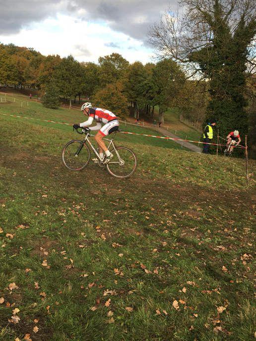 Très bon résultat aujourd'hui au cyclo cross d'uzurat d'Alex Fernandez au scratch 5eme place et catégorie 2eme place bravo