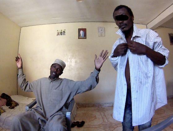 Abdou, à droite, est lui laissé libre, car non violent, contrairement à Rodrigues. (photo LD)
