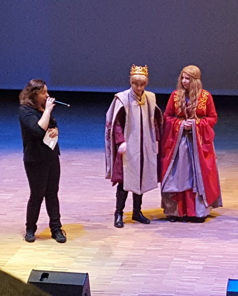 """Prix spécial """"continuez comme ça"""" pour ce cosplay groupe Game of throne"""