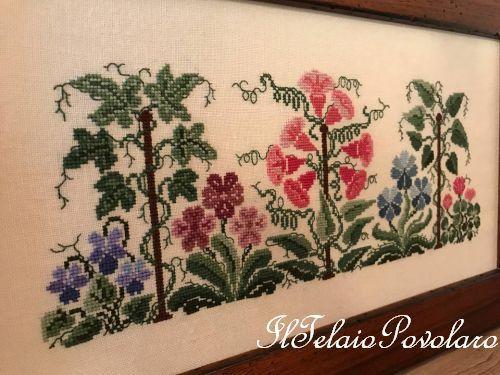 Ed ancora Renato Parolin con  ''Primavera e dintorni''  ... ed è un tripudio di colori e crocette