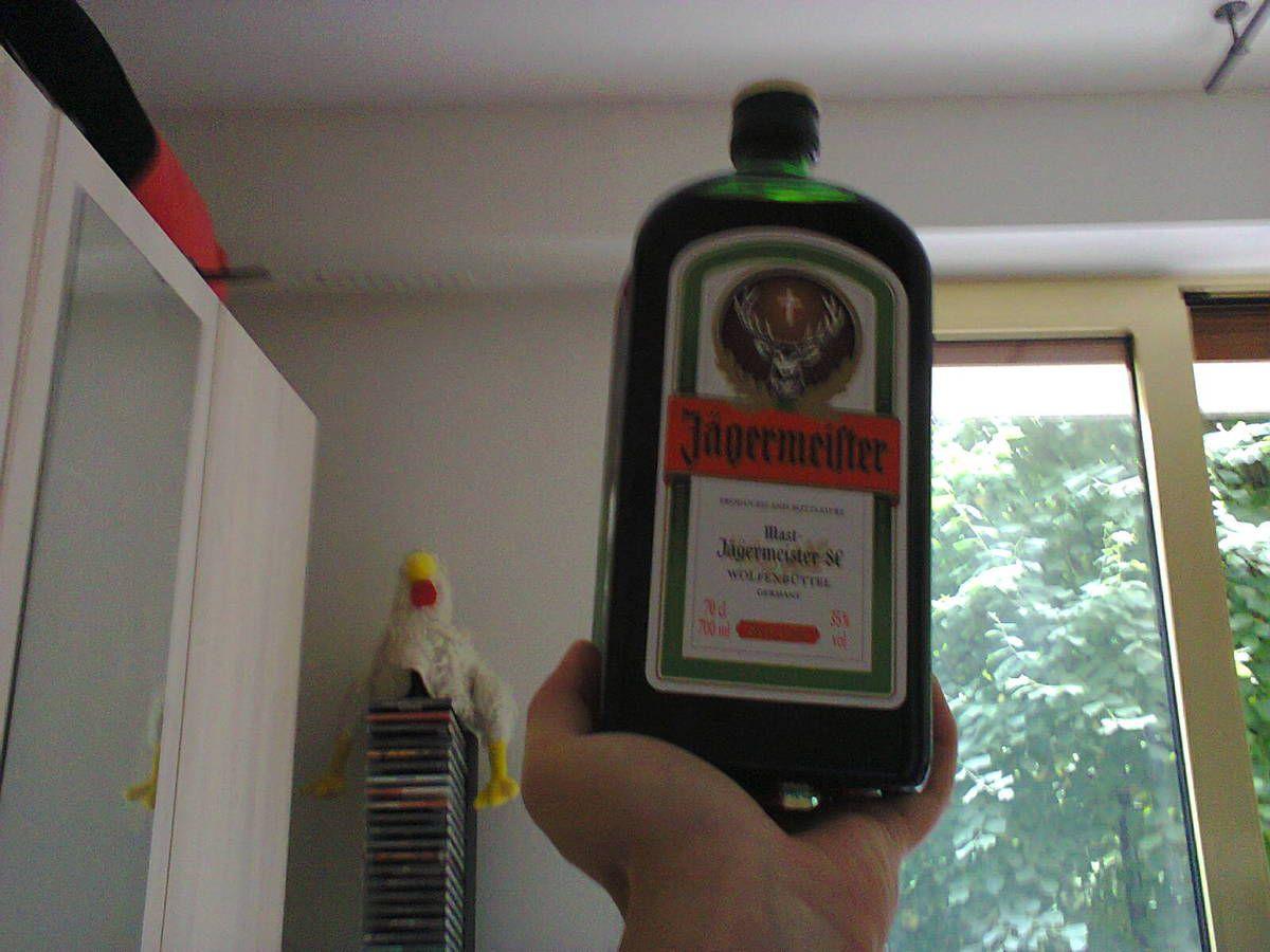 Jägermeister, ma boisson alcoolisée préférée, avant sa surconsommation.
