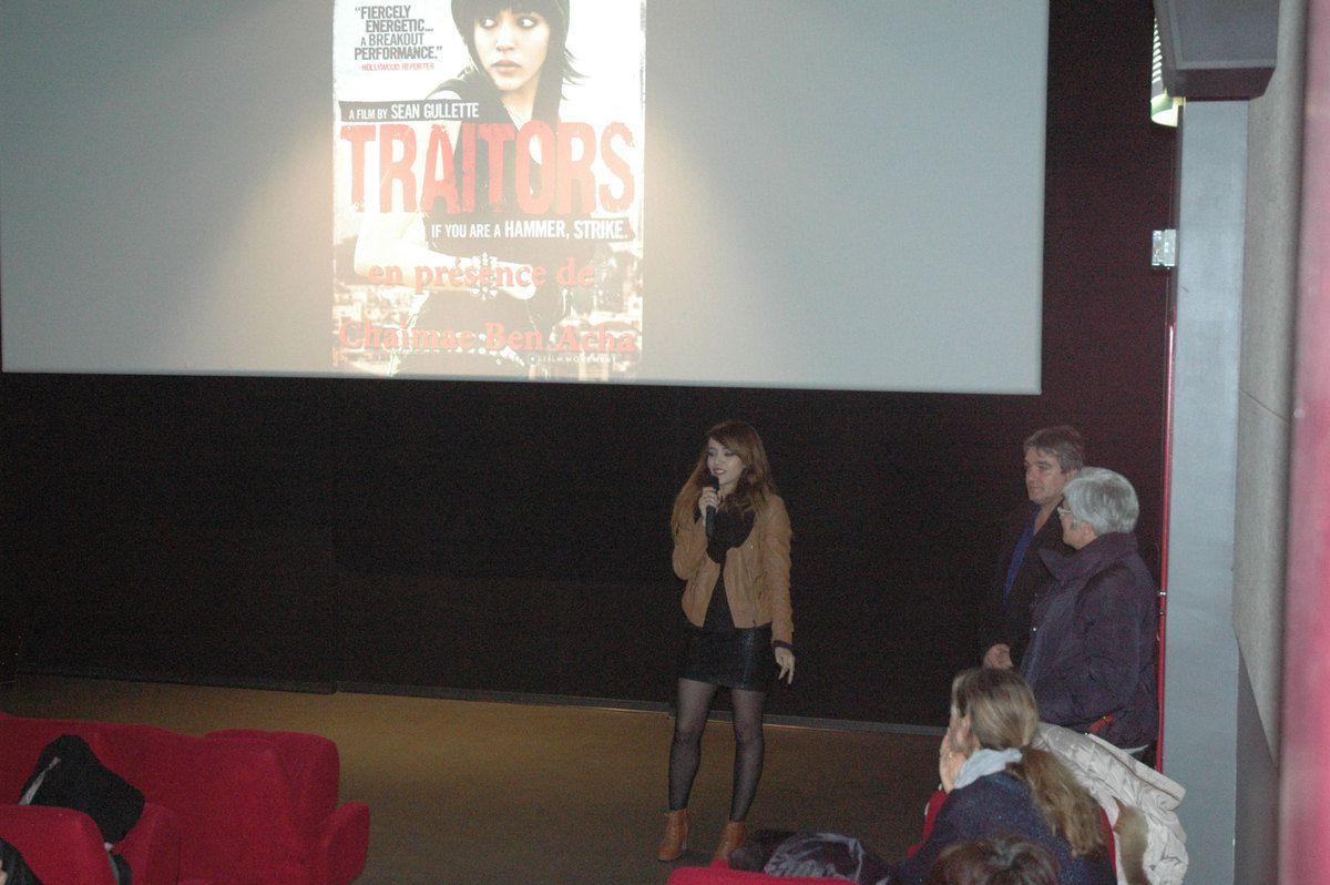 Intervention de l'actrice pour les spectateurs venus à la séance de vendredi