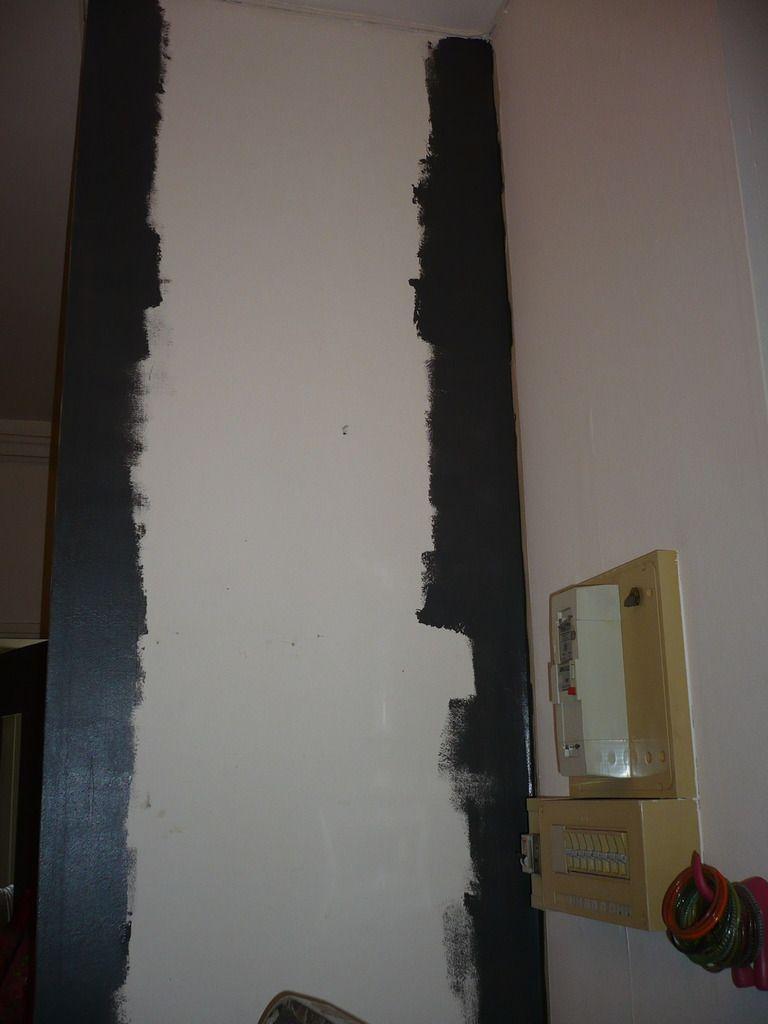 Je fais bien les bords, puis finalement je peins un mur entier, aucune logique !