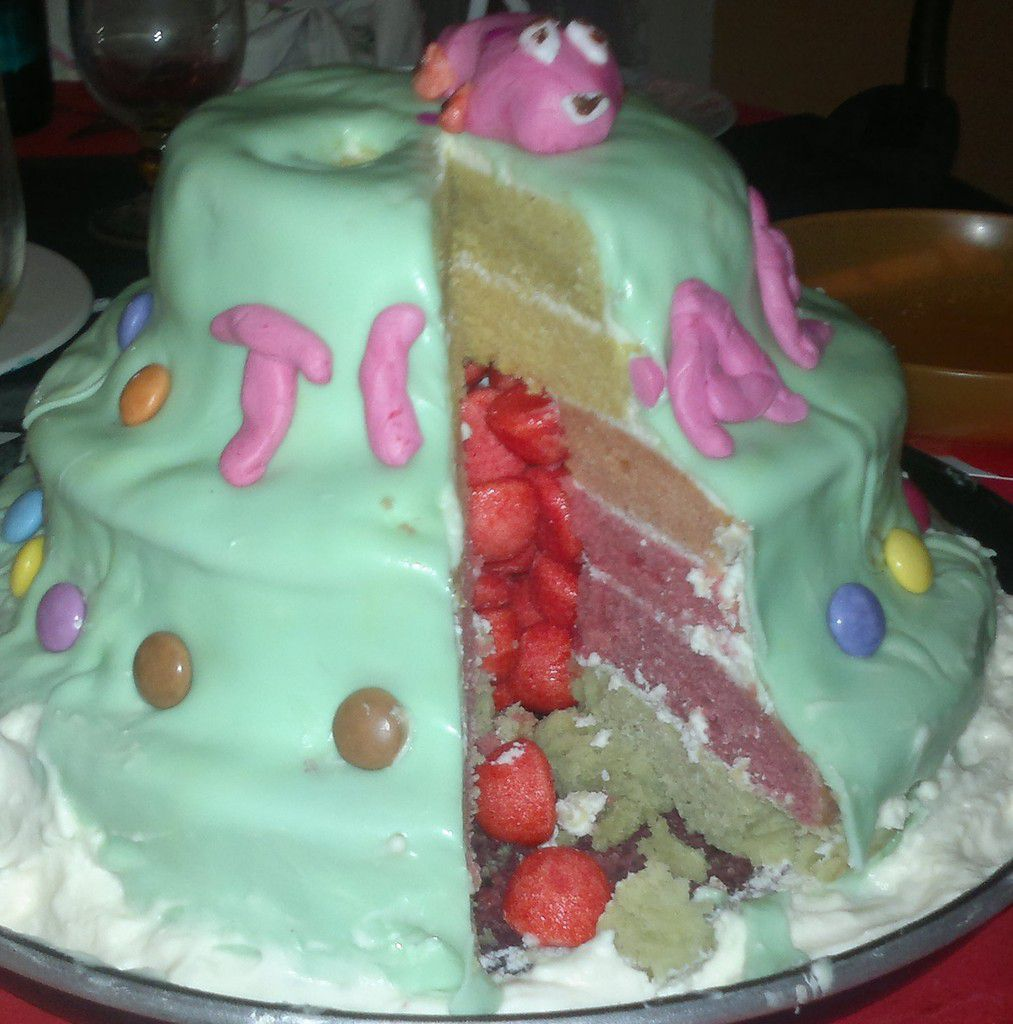Rainbow cake (gâteau arc-en-ciel)***