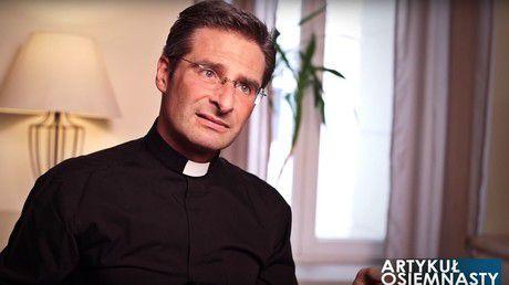Club gay, salon de massage, maison close... Le quotidien pas très catholique de prélats du Vatican