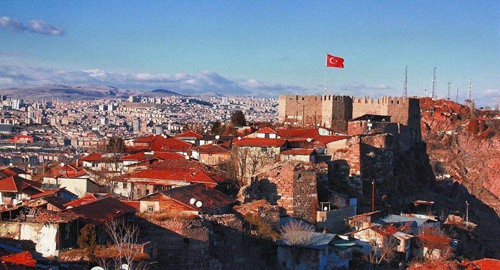 Le premier ministre turc dévoile les pays-ennemis d'Ankara